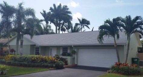 Shingle roof in Kendall