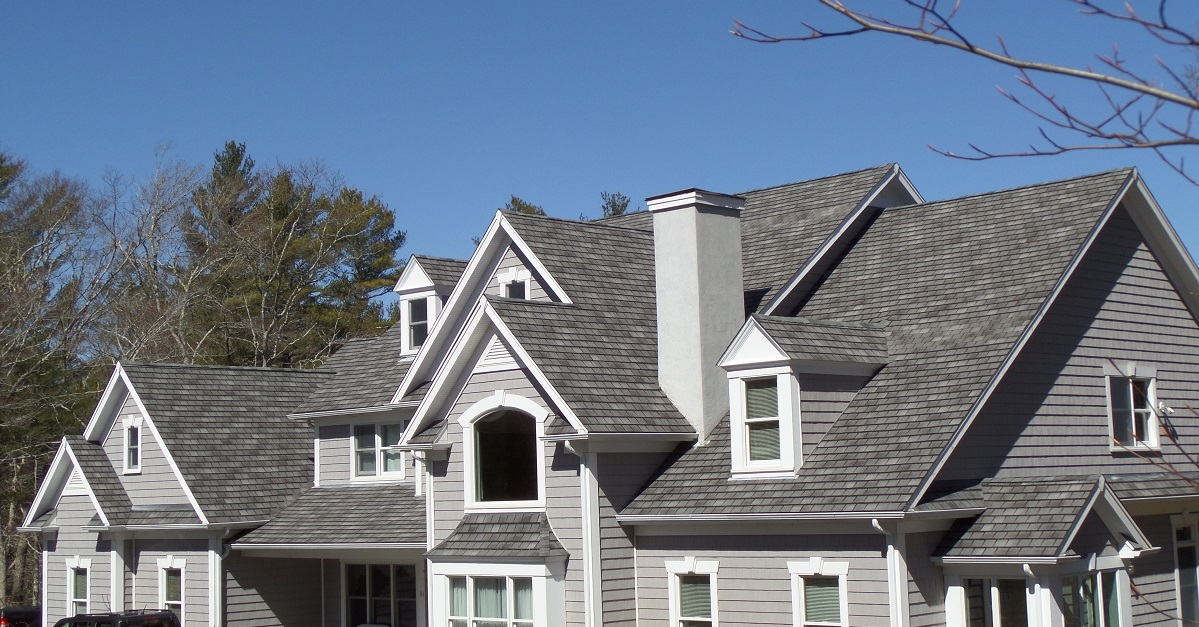 Roofing Shingles Vs Cedar Shakes Costs Pros Amp Cons 2018