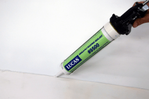 Lucas #9500 Single-Ply Sealant is a one-component, non-shrink, advanced technology polyurethane sealant designed for the construction of liquid flashing systems and sealing pitch pockets and pans, metal roof seams and fasteners, inlaid gutters, polyurethane foam, PVC and EPDM roofs.