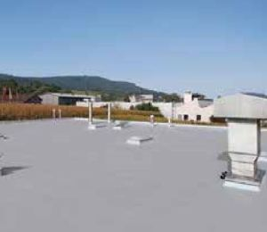 The Kemperol AC Speed FR system is a fast-curing, cold liquid-applied cool roof solution with a Solar Reflective Index rating of 108.
