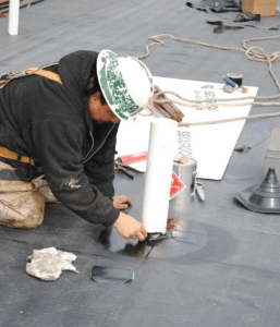 EPDM roofs can be easily repaired and restoredwithout the use of sophisticated, complicated equipment. Photo: Hutchinson Design Group.