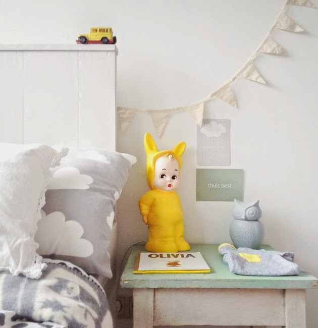 nursery with yellow accents