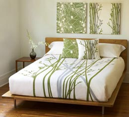 Bedding D    cor      Room Decorating Ideas It s not always obvious that the way you decorate your bed has a major  impact on the entire aura and appearance of your bedroom  Your choice of  linens