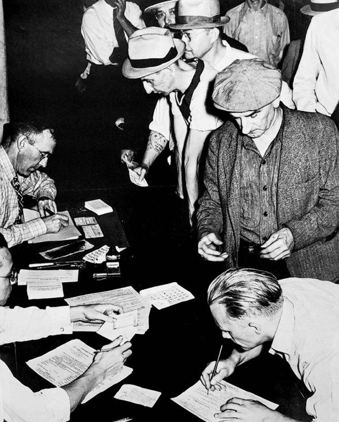 Unemployment office, Pittsburgh, PA 1938.
