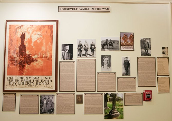 Roosevelt Family In The War, Wall of Images