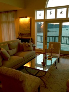 Living room and a view of the bay