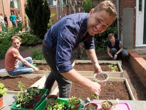 Students doing urban gardening in Groningen