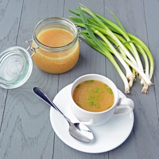 Easy Pressure Cooker Chicken Stock 4