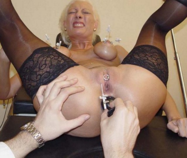 Submissive Woman Pic