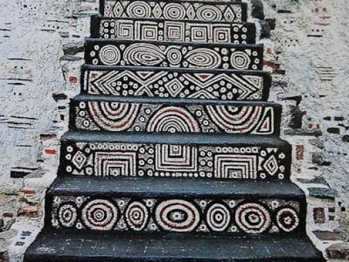 Stairway_to_Heavon_Musée_Robert_Tatin