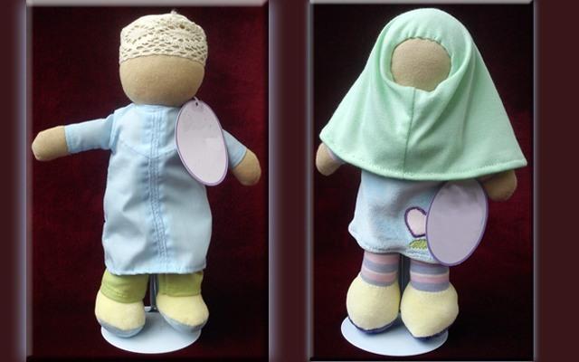 faceless dolls