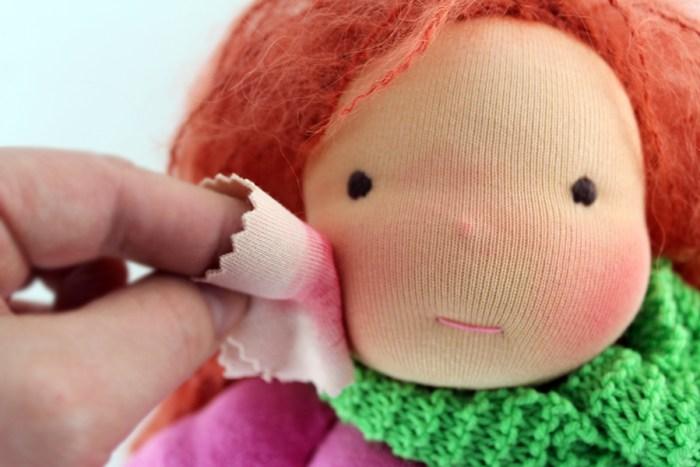 Puppen Wangenrot