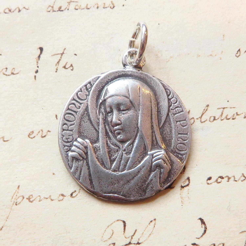 St Veronica Medal Patron Of Photographers Antique