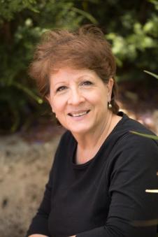 Rosanne Dingli - Australian author