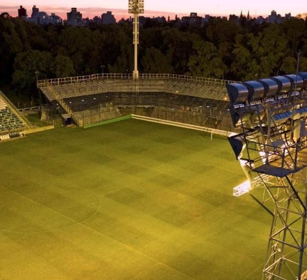 Ante el regreso del fútbol, rechazan el límite que la AFA pone a la prensa en los estadios