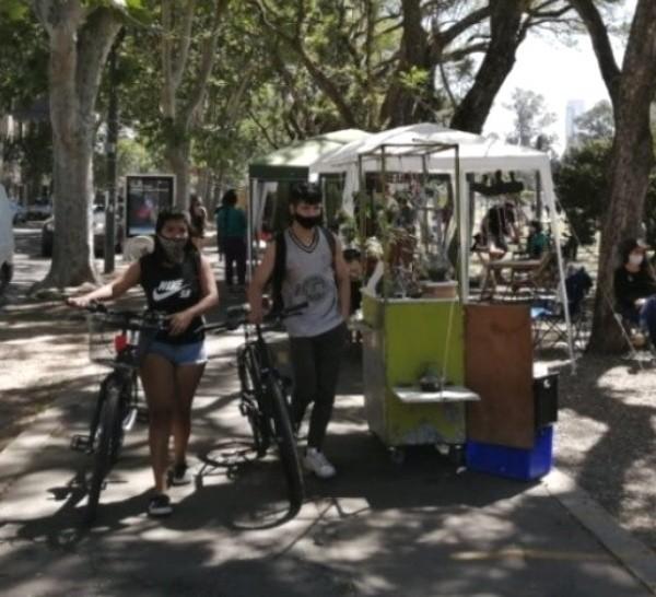 La Feria de artesanos del Bulevar, una de las centrales del circuito.