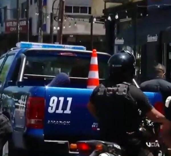 Motociclista detenido en la terminal tras espectacular persecución quedó libre y le devolvieron el vehículo