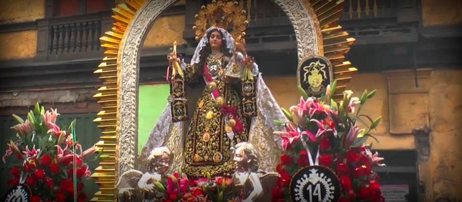 Top Virgen del Carmen de Lima