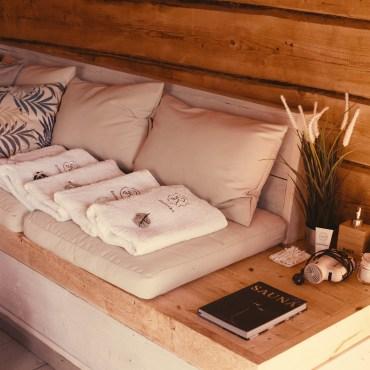 Sauna lounge