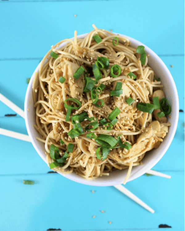 30 Days of Healthy Chicken Dinner Recipes - Teriyaki Chicken and Noodles via Simply Made Recipes | http://www.roseclearfield.com