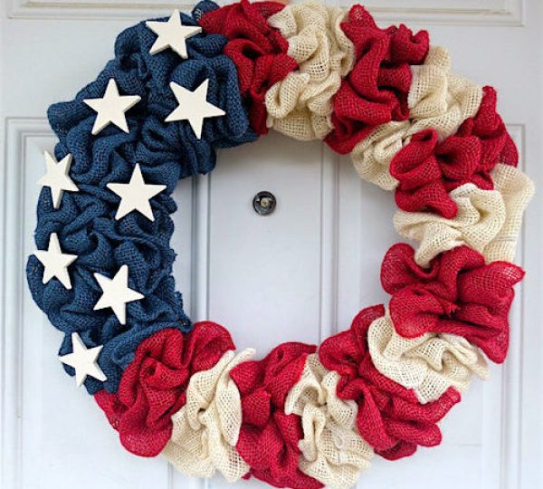 Easy DIY Fourth of July Decorations - Patriotic Burlap Wreath via How to Make a Burlap Wreath | http://www.roseclearfield.com