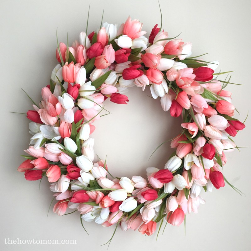 Tulip Wreath via The How to Mom | http://www.roseclearfield.com