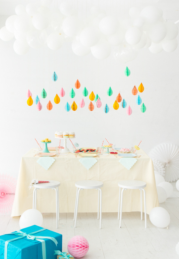 April Showers Bring May Flowers Baby Shower - April Baby Showers via Oh Happy Day   http://www.roseclearfield.com