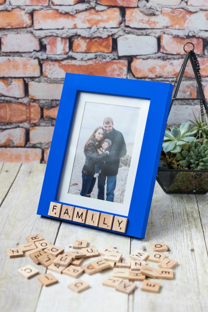 DIY Scrabble Tile Picture Frame | https://www.roseclearfield.com