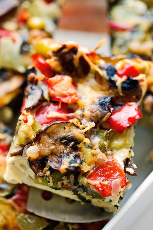 Breakfast for Dinner Ideas - Veggie Loaded Breakfast Casserole via Little Spice Jar | http://www.roseclearfield.com