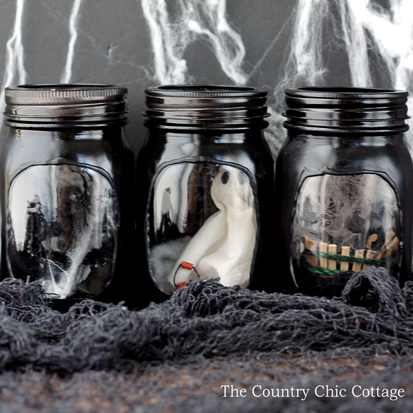 DIY Halloween Mason Jar Decor - Haunted House Halloween Mason Jars via The Country Chic Cottage | http://www.roseclearfield.com