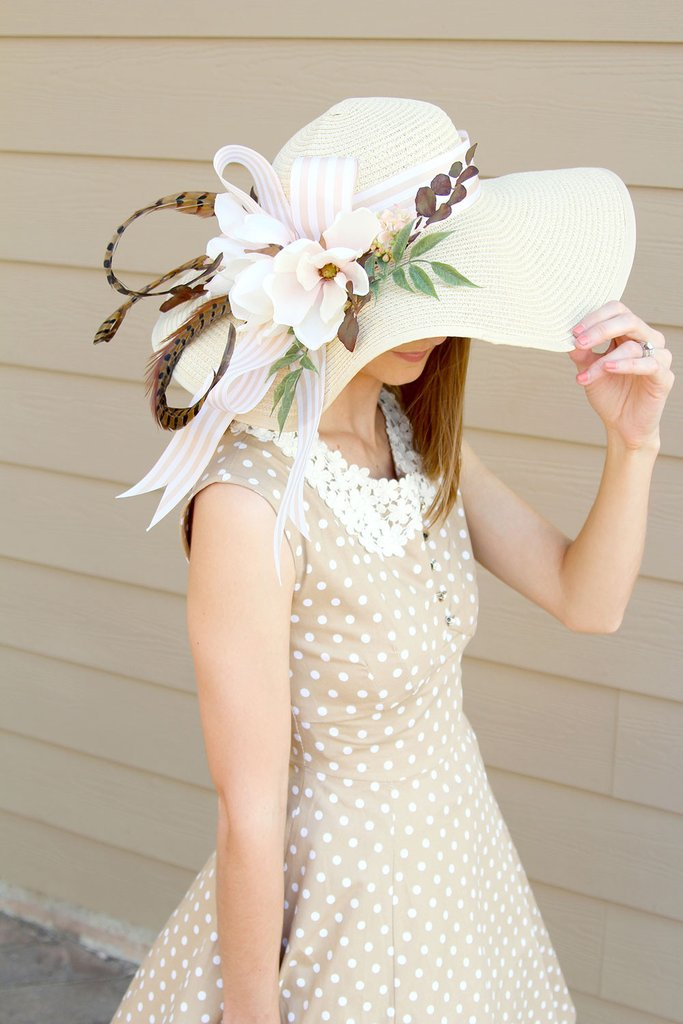 Decorating floral hats is a fun activity for a floral themed shower. Tutorial by Southern Girl Weddings via Afloral. #DerbyDay #floralhat #DIYhat   https://www.roseclearfield.com