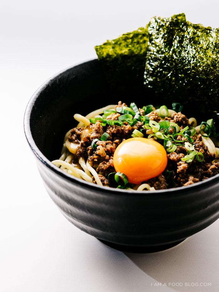 30 Healthy Ramen Noodle Recipes - Loco Moco Mazeman Ramen via I am a Food Blog   https://www.roseclearfield.com