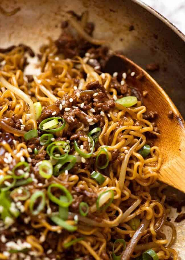 30 Healthy Ramen Noodle Recipes - Quick Asian Beef Ramen Noodles via RecipeTin Eats   https://www.roseclearfield.com