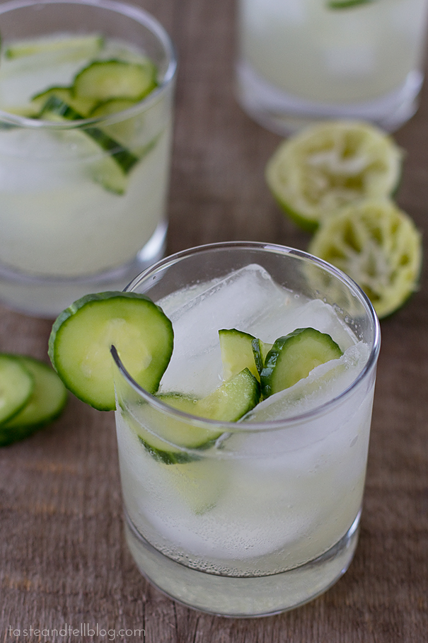 Non-alcoholic drinks for Easter: a little sparkling water is the perfect addition to cucumber limeade, via Taste and Tell. #limeade #nonalcoholic #spring | https://www.roseclearfield.com