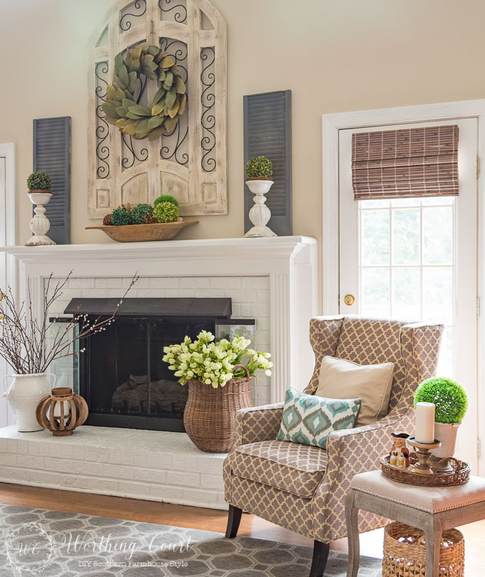 Spring Mantel Inspiration - Spring Fireplace Mantel Hearth via Worthing Court Blog | https://www.roseclearfield.com