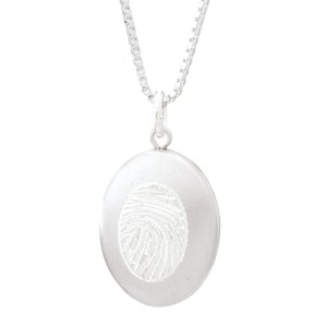 Legacy Expressions Oval Locket
