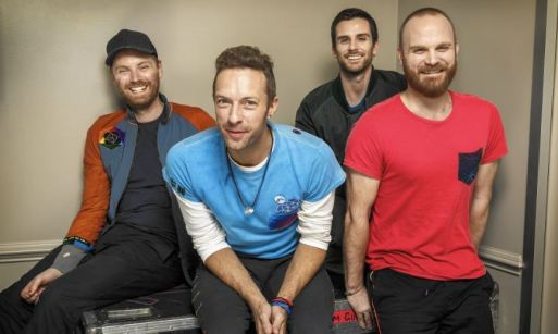 tentang coldplay, nama fans coldplay indonesia, coldplay anggota, coldplay album, prestasi coldplay, rekor coldplay