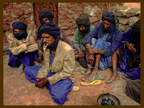 Touareg men enjoy tea in Taodenni