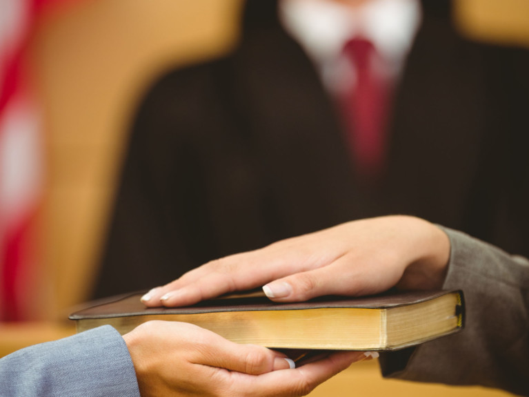 NJ Supreme Court Affirms Right To Cross Examine Cooperating Witness Regarding Plea Agreement