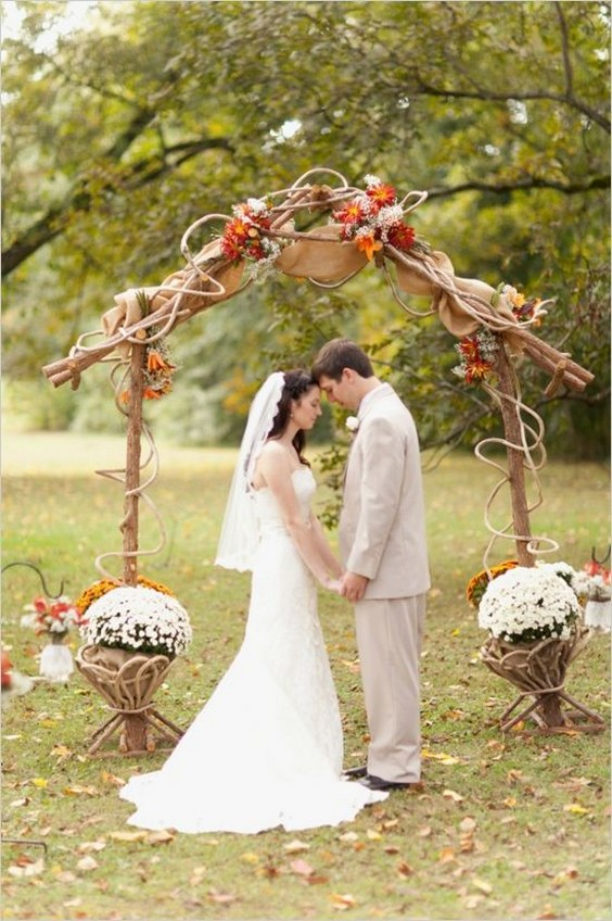 Top 20 Rustic Burlap Wedding Arches Amp Backdrop Ideas Roses Amp Rings