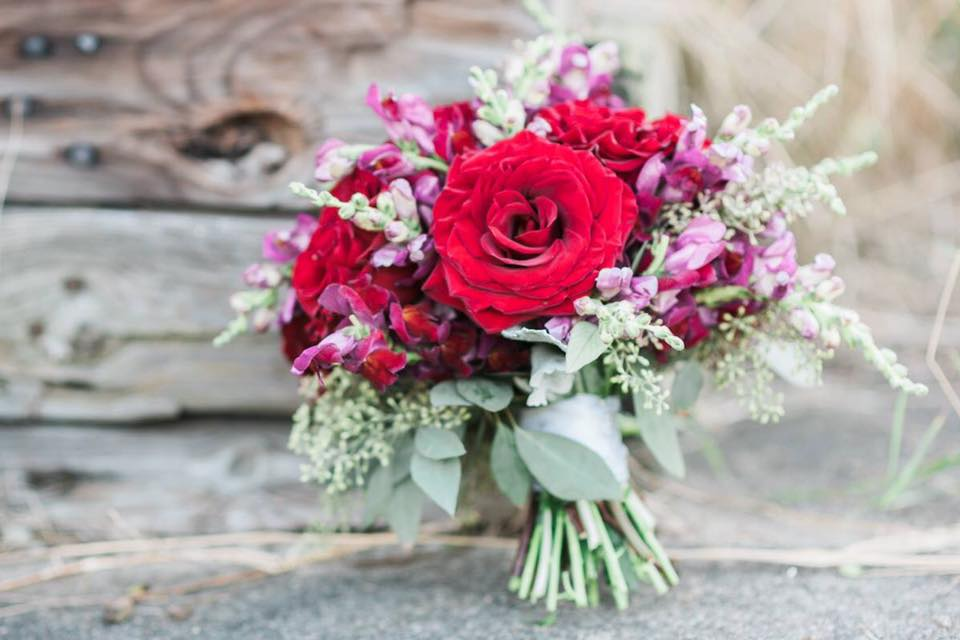 2013 2017 Pricing Guide Roses For Weddings