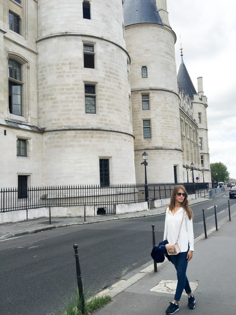 Conciergerie_Paris_walking_tour