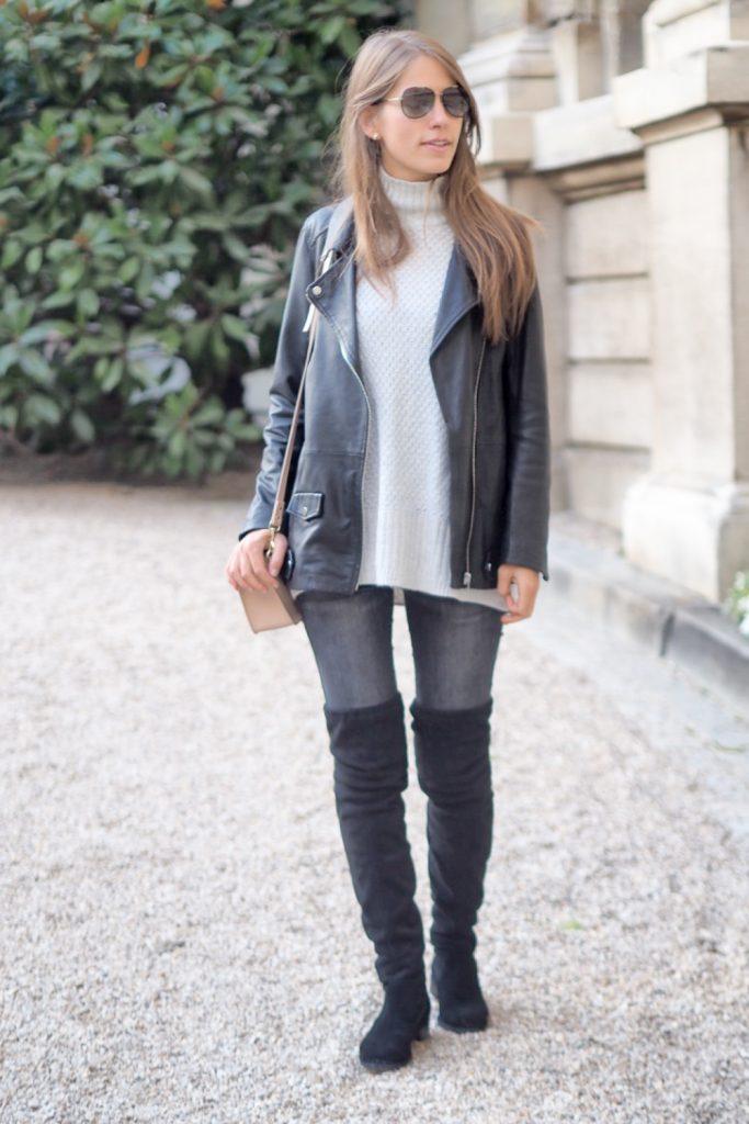 look_grey_and_black