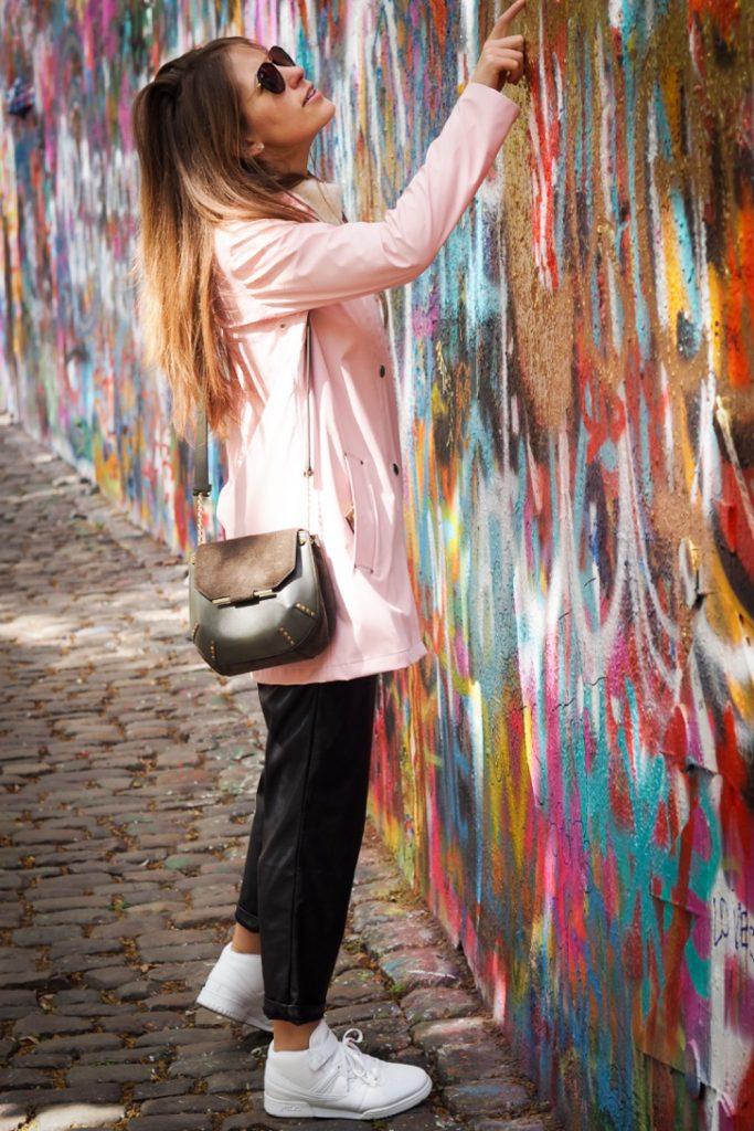 Prague_Lenon_wall_near_guesthouse