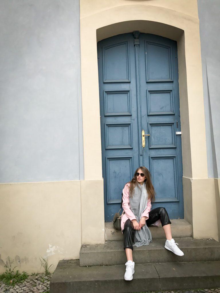 vers_le_chateau_Prague_rosesinparis