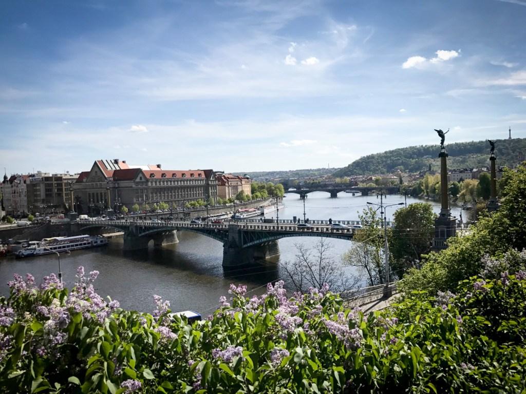 parc_Lerna_vue_sur_Prague