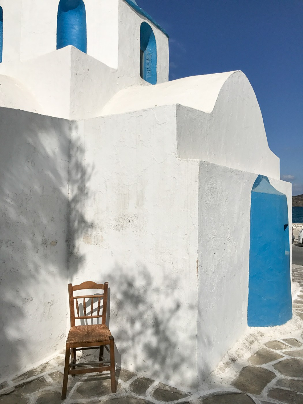 Travel_guide_to_Paros_Greece