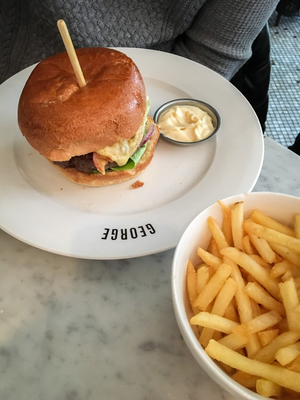 hamburger_Frenchfries_Amsterdam_trend