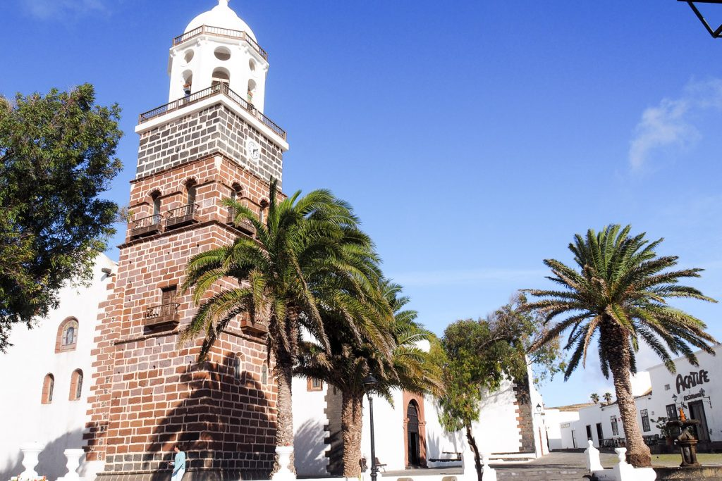 Teguise_church_rosesinparis_blog