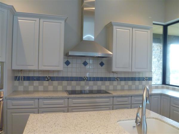 Main kitchen backsplash